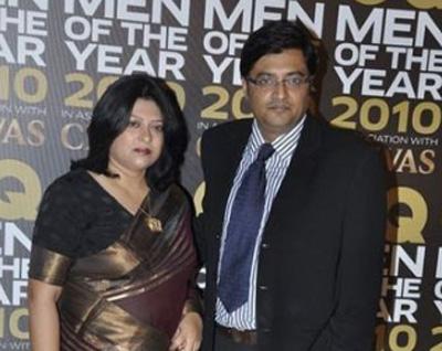 Arnab Goswami Wiki, Age, Caste, Wife, Children, Family, Biography ...